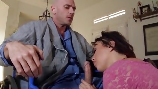 Couple kissing while guy fucking her nasty on porn